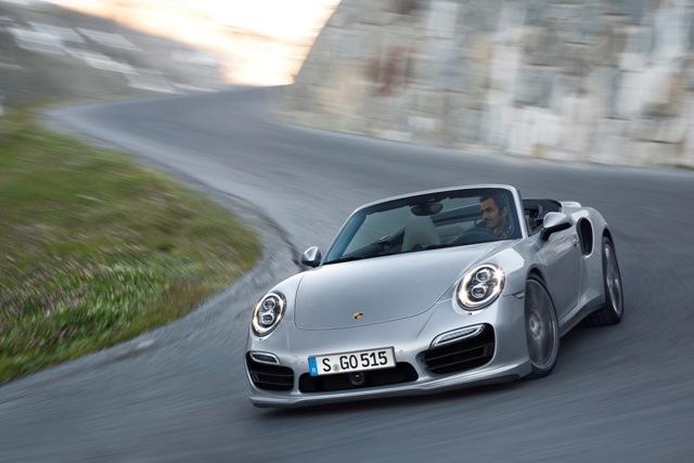 Emoção e potência no estande da Porsche