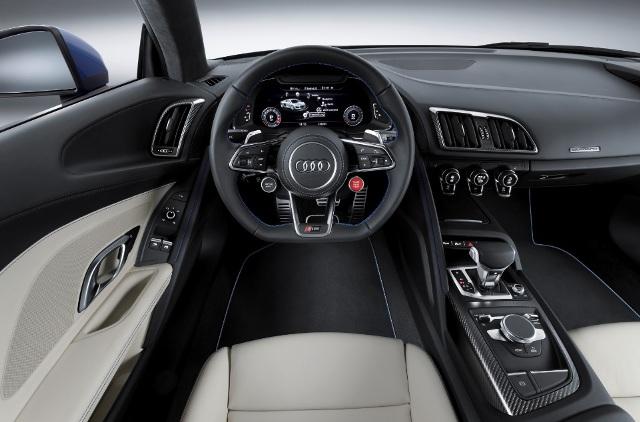Audi_R8_interior2_2015