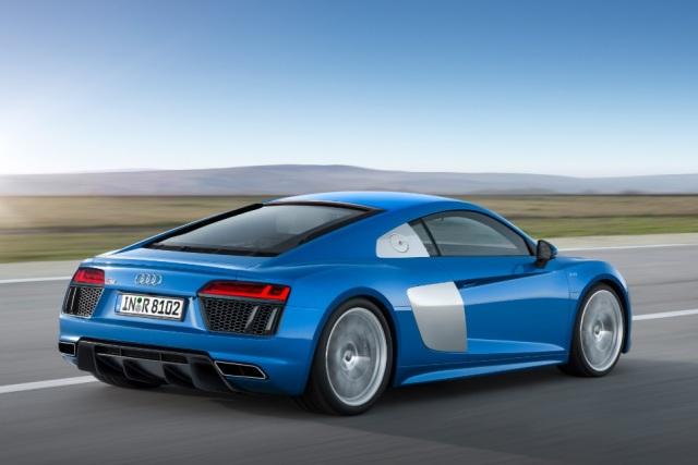 Audi_R8_traslat_2015