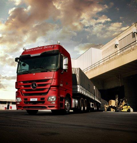 Venda de caminhão – que impulsiona a economia – caiu 28,4%