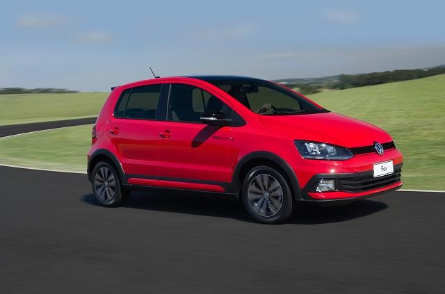 Volkswagen_FoxPepper_lat_2015