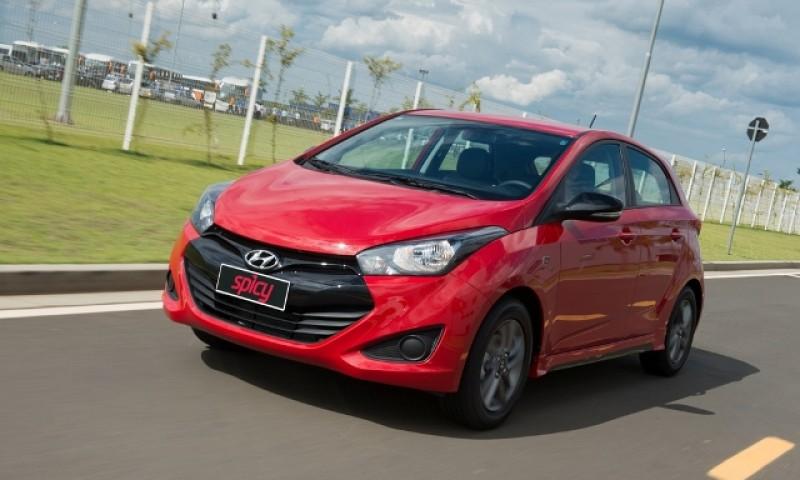 Em quinzena fraquíssima, Hyundai encosta na Ford