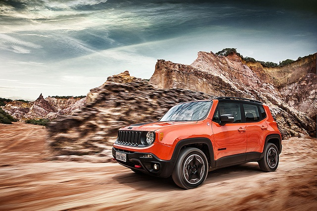 Jeep_Renegade_Trailhawk_Frentlat_20152
