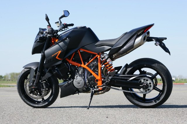 KMT_990Superduke
