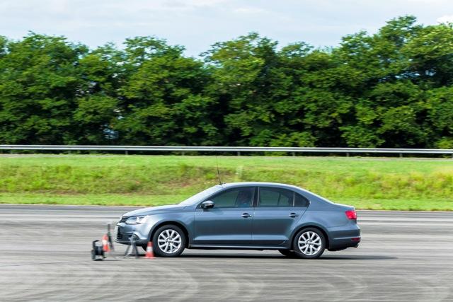 Teste de etiquetagem de pneus 03