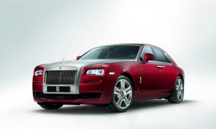 Rolls-Royce Ghost II chega por R$ 2,9 milhões