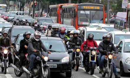 Gentileza reduz o estresse no trânsito