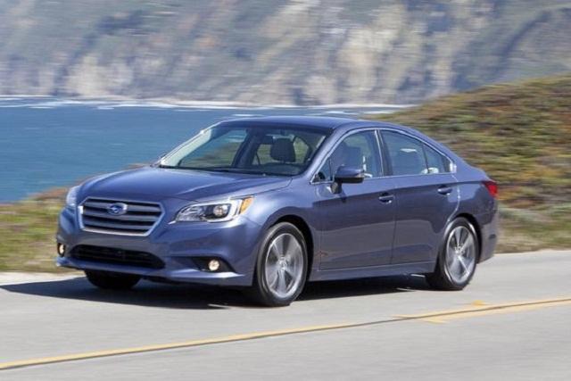 Subaru_legacy_2015