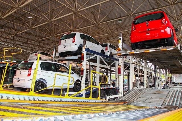Volkswagen_Up_exportacao_uruguai2