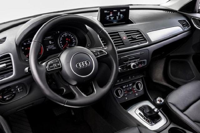 Audi_Q3_interior_2016