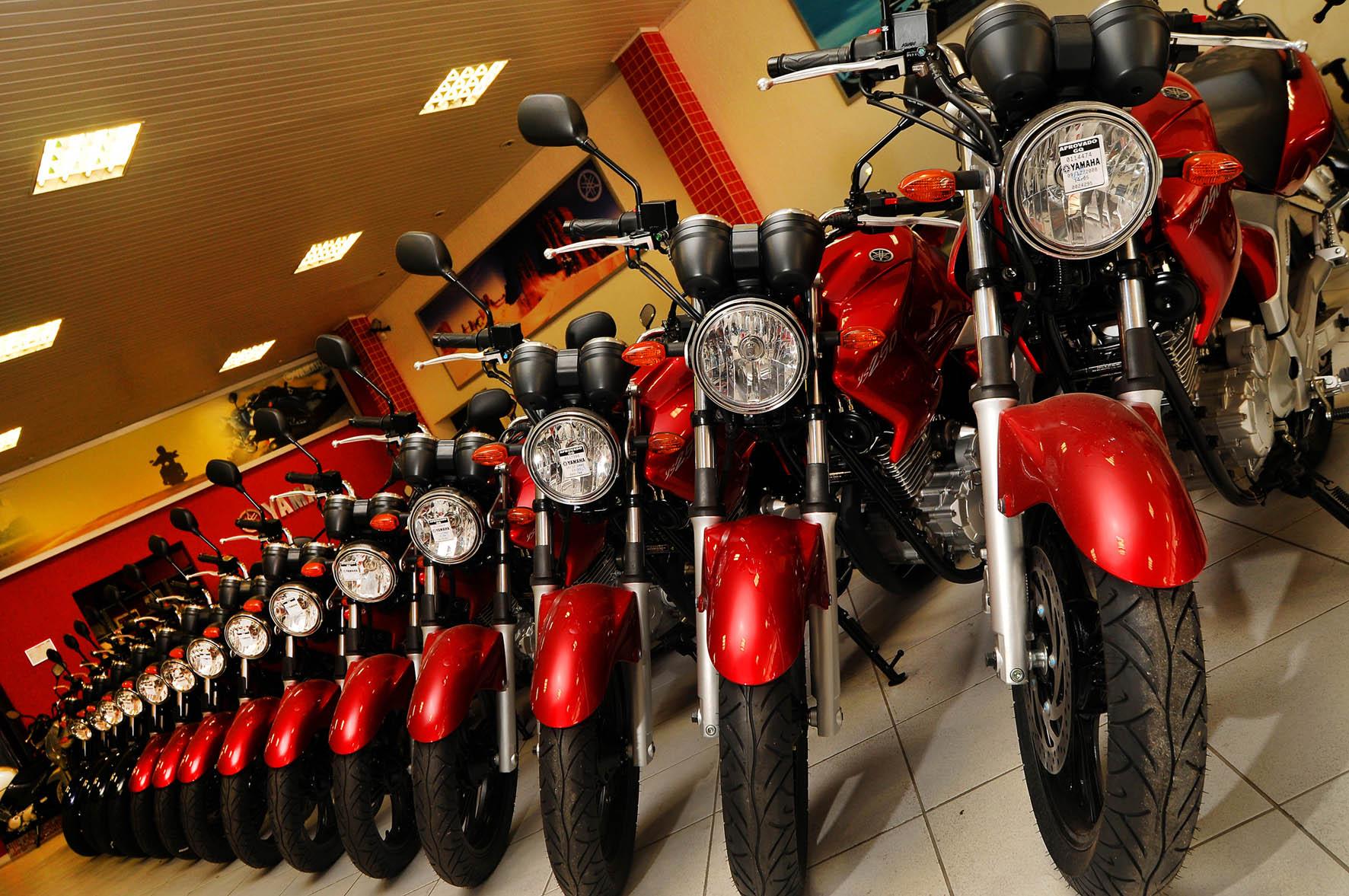 Produção de motos cai 12% do ano