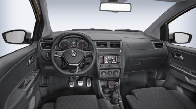Volkswagen_CrossFox_interior_2016