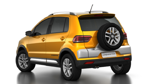 Volkswagen_CrossFox_traslat_2016