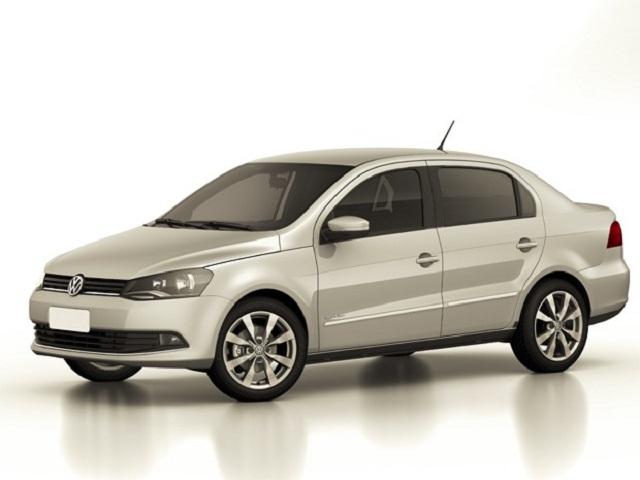 Volkswagen_Voyage_frentlat_2016