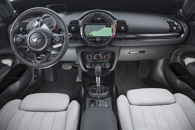 Mini Cooper interna 2015