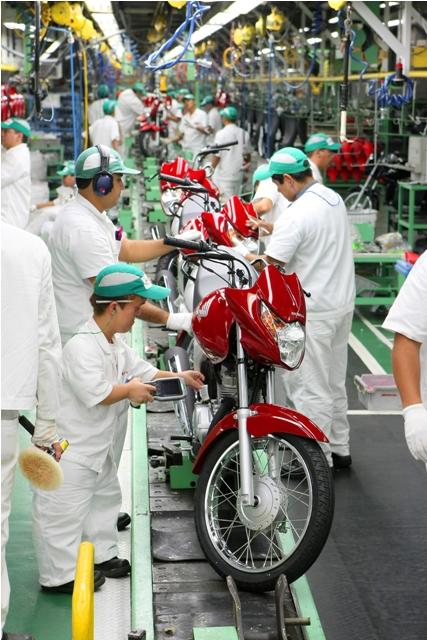A fábrica se adapta ao homem