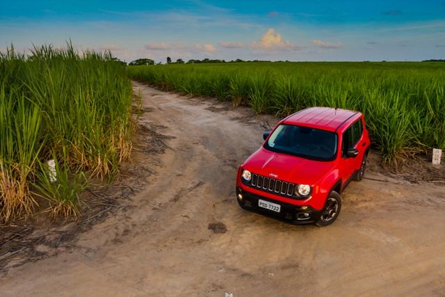 FCA (Fiat + Chrysler) comemora liderança e vê fim da crise