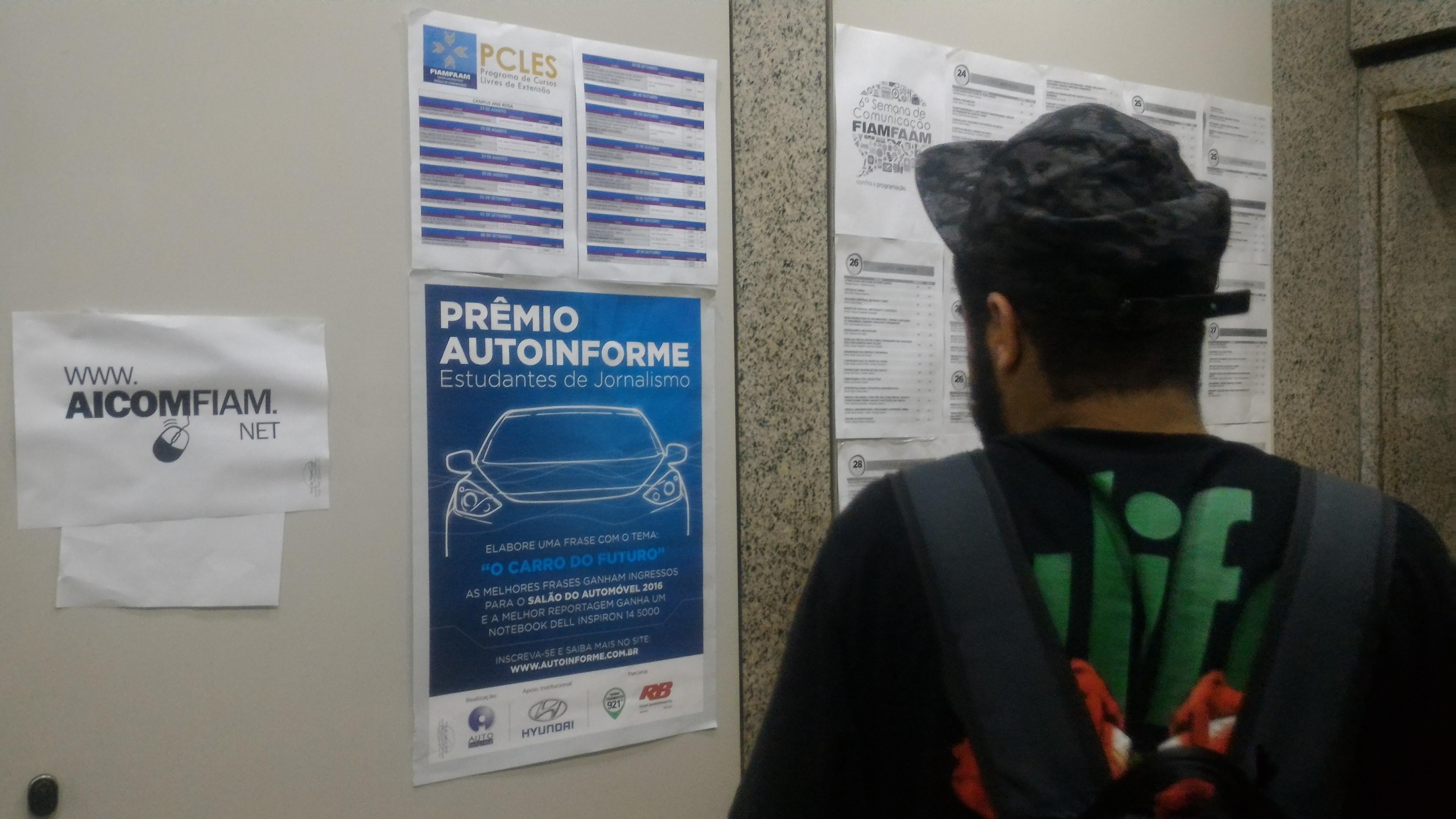 Estudantes aprovam Prêmio de Jornalismo