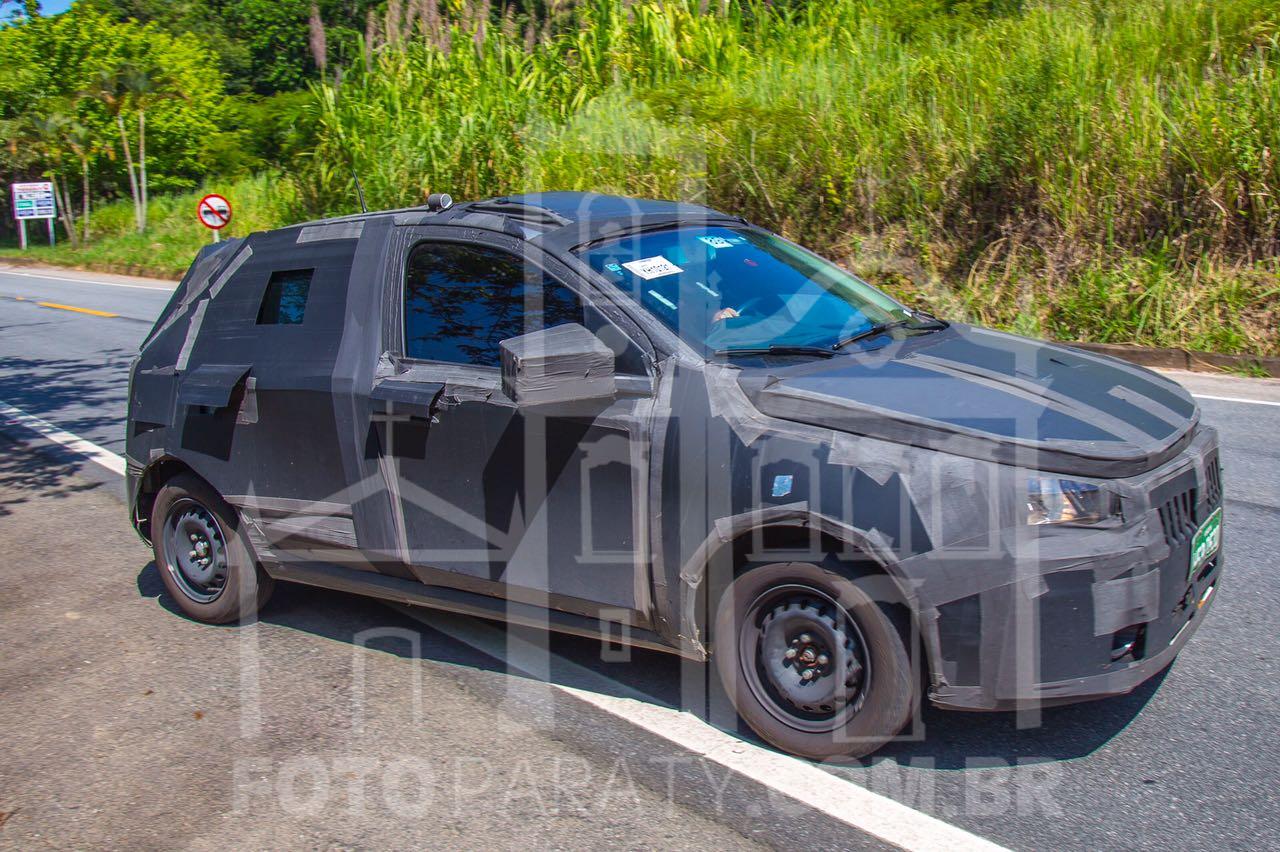 Fiat_Novo Hatch_frentlat