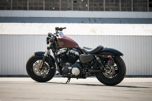 sportster-forty-eight-gallery-2