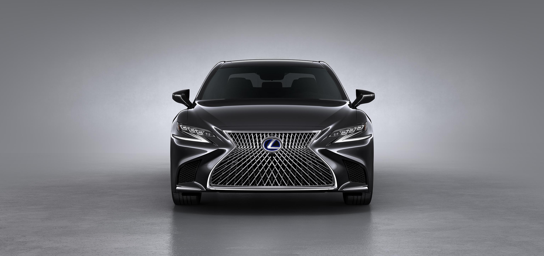 Lexus 500H chega por R$ 760 mil