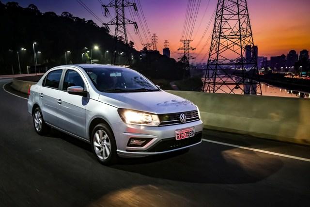 Volkswagen_Voyage_2019_frentlat