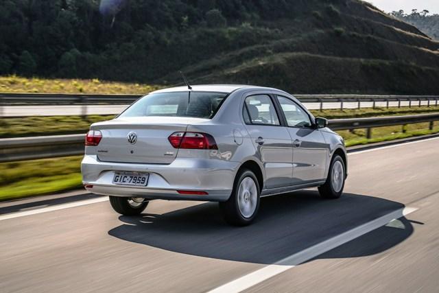 Volkswagen_Voyage_2019_traslat