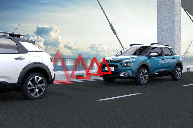 CITROËN_SUV_C4_CACTUS_ACTIVE_SAFETY_BRAKE_bx