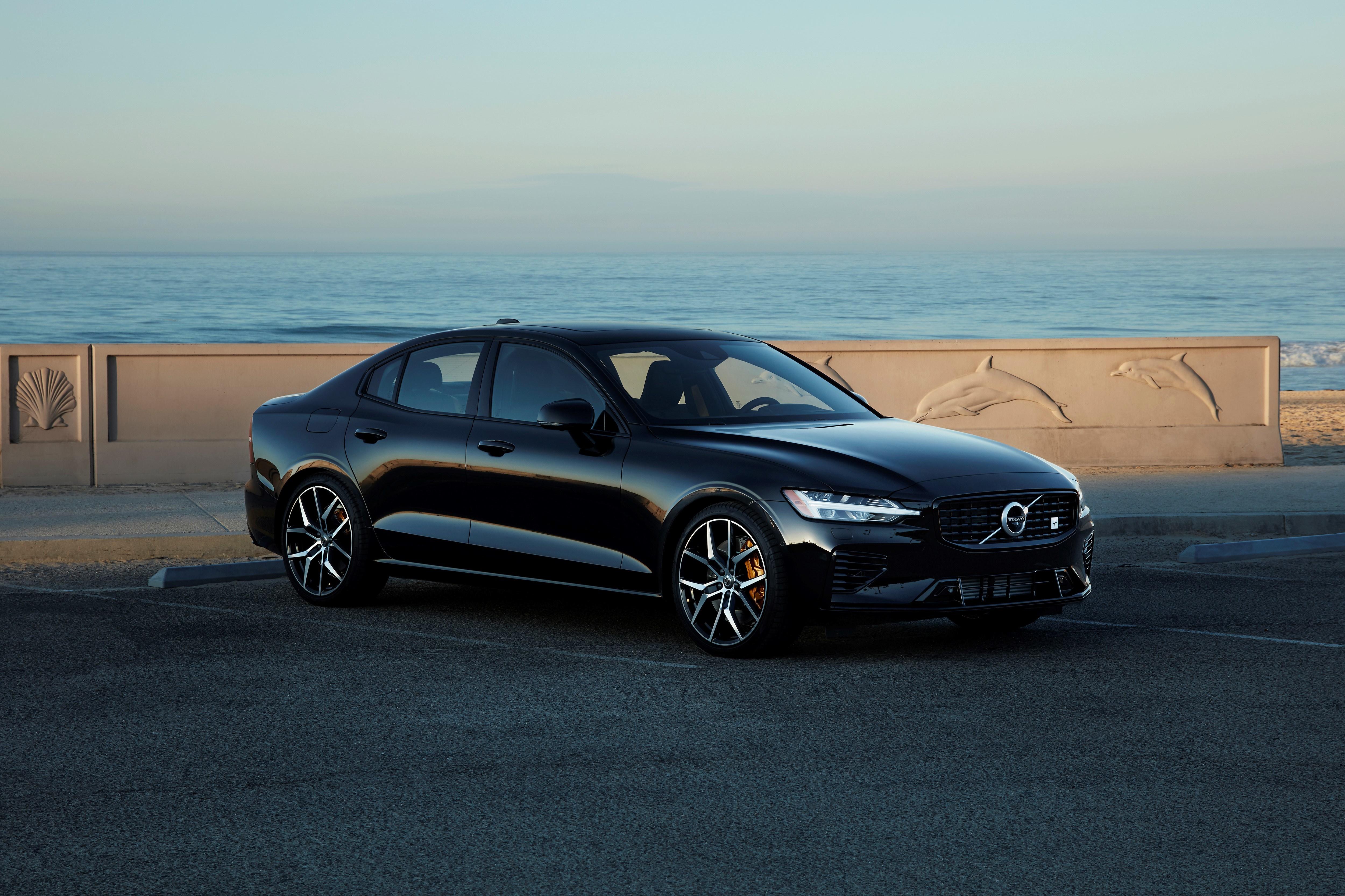 Volvo Expoe Novo Seda Hibrido Autoinforme