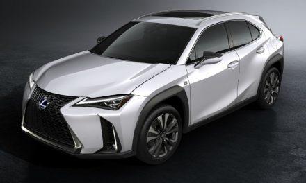 Carro é SUV; combustível é eletricidade